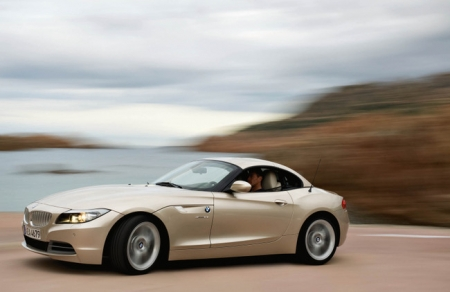 BMW и MINI показали яркие новинки