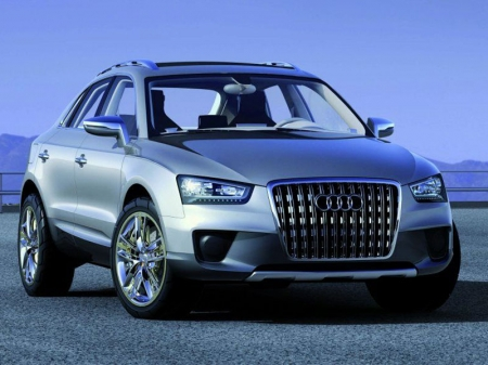 «Паркетник» Audi Q3 обретет товарный вид в конце следующего месяца