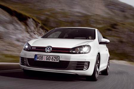 Новый Volkswagen Golf GTI станет мощнее и экономичнее