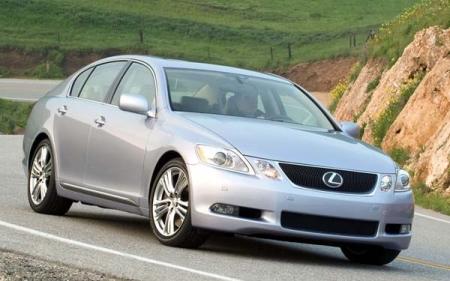 Фоторепортеры устроили новому Lexus GS неофициальный дебют