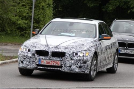 Новый BMW 3-й серии расстался с «камуфляжем»