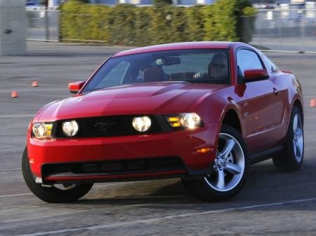 Новый Ford Mustang станет мощнее