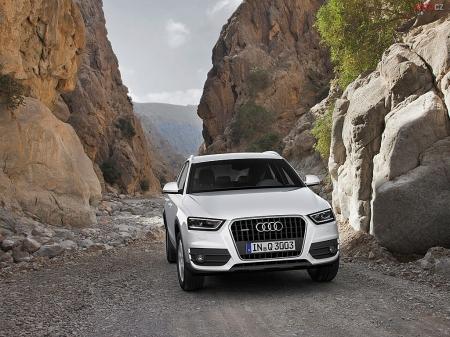 «Горячий» Audi Q3 начал скоростные испытания
