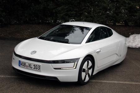 Volkswagen предпочитает гибриды